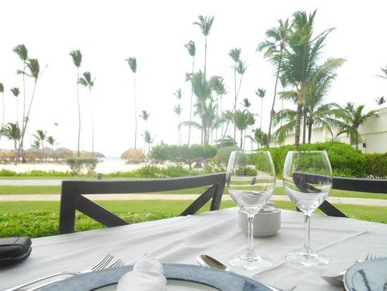 Iberostar Grand Hotel Bavaro: Dinner view from the buffet