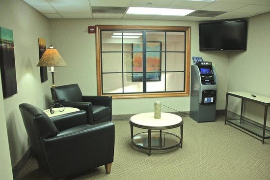 Best Western Plus York Hotel & Conference Center : Business Center Sitting Area