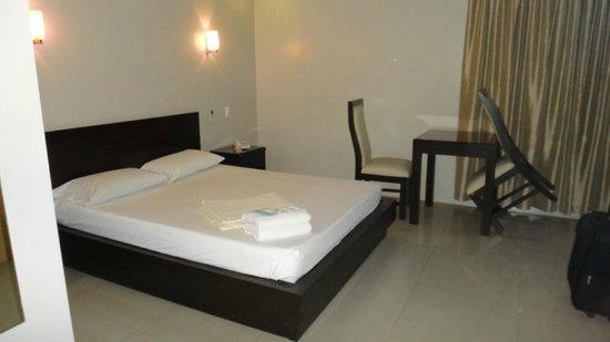 Rumi Apartelle Hotel: 2
