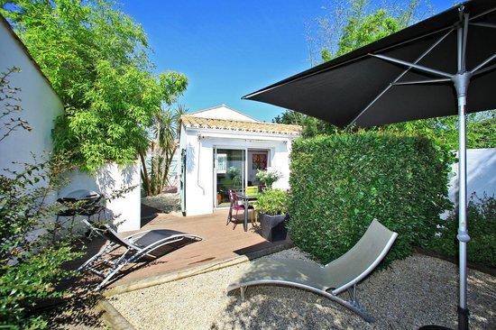 La Chaize : Jardin location 28