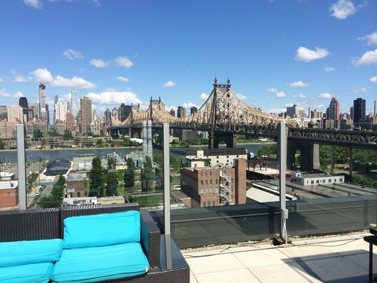 Z NYC Hotel: Roof top by day