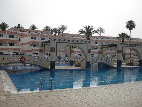Hotel Club Al Moggar: Главный большой бассейн