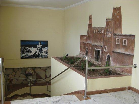 Hotel Club Al Moggar : Лестница к ресторану