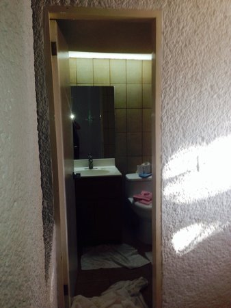 Puerto Nuevo Baja Hotel & Villas: Bathroom
