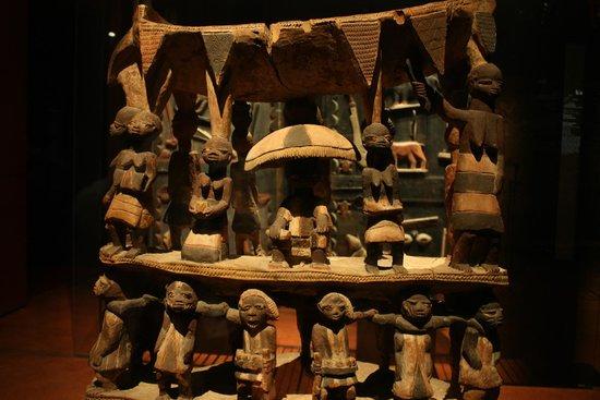 Musee du quai Branly - Jacques Chirac: Collection Afrique