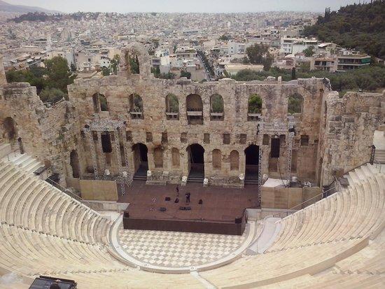 Acropolis: eirodion attikou theater