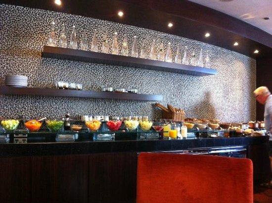 Sofitel Dubai Jumeirah Beach : Club Millésime lounge