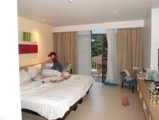 Centara Karon Resort Phuket: Our Room