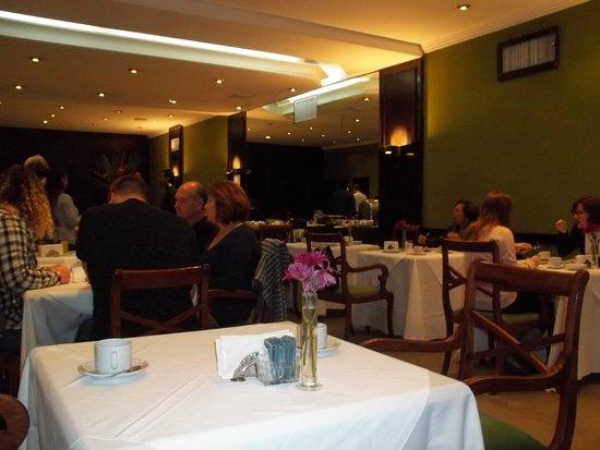 Rochester Classic Hotel: Café da manhã