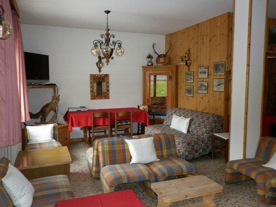 Hotel Zebru': soggiorno