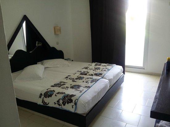 Hotel Cedriana: chambre