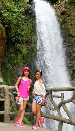 Go Tours Costa Rica - Day Tours : La Paz waterfalls (one of the 3 waterfalls)