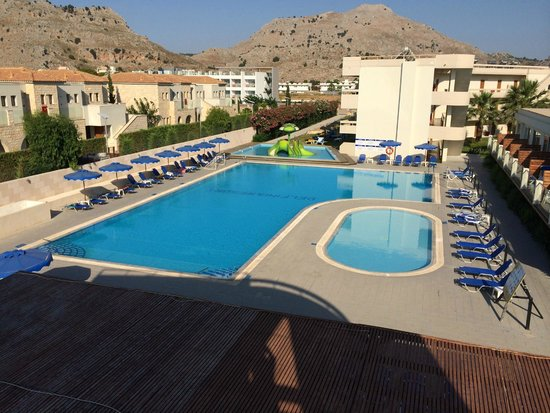 Delfinia Resort Hotel: Pools