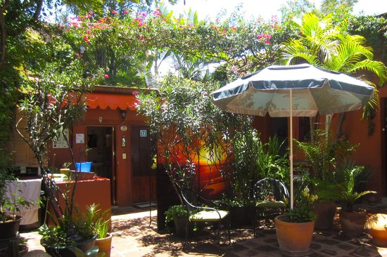 Hostal Casa del Sol Oaxaca : Beautiful courtyard at Hostal Casa del Sol