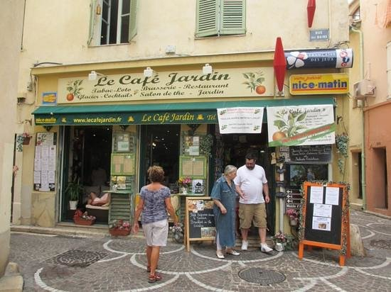 Le smoothie picture of le cafe jardin antibes for Restaurant jardin antibes