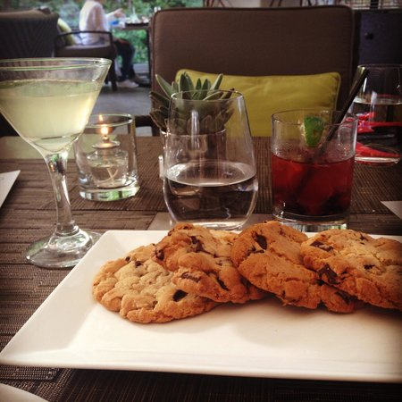 Sunset Marquis: Best cookies ever!