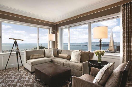 Fairmont San Francisco : Signature Golden Gate Suite Living Room