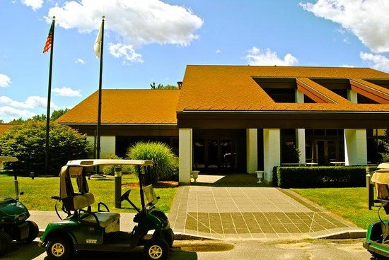 The International Golf Club & Resort