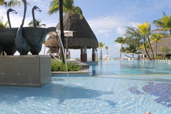Ambre Resort - All Inclusive: vista desde la cama situada dentro del agua