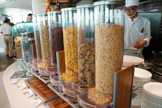 New World Millennium Hong Kong Hotel : 早餐