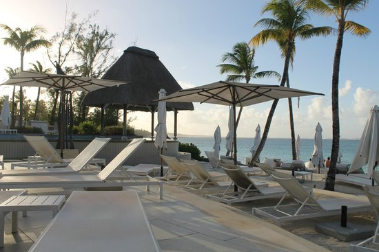 Ambre Resort - All Inclusive: piscina/playa