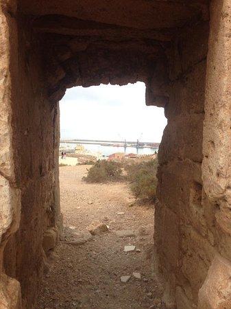 Conjunto Monumental de La Alcazaba: doorway