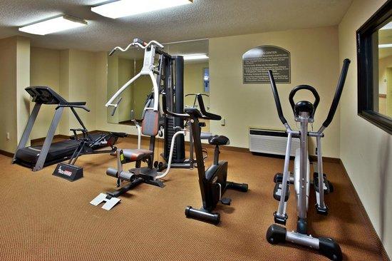 Quality Inn & Suites: Fitness Room
