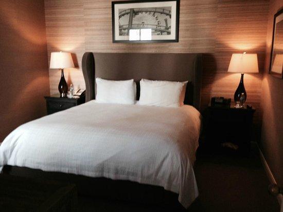Fairmont Miramar Hotel & Bungalows: Bedroom
