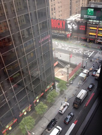 citizenM New York Times Square: Vista dalla camera