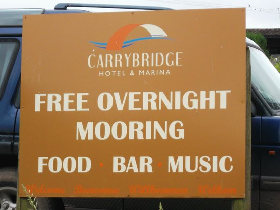 Carrybridge Lakeside Lodge: Signage