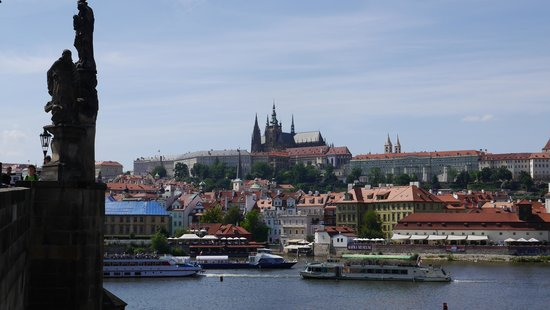 Personal Prague Guide -Day Tours: View of Prague from Charles Bridge