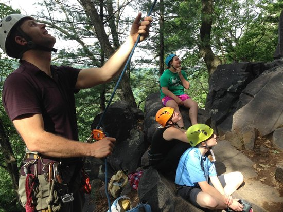 Devils Lake Climbing Guides : Nick doing what he does