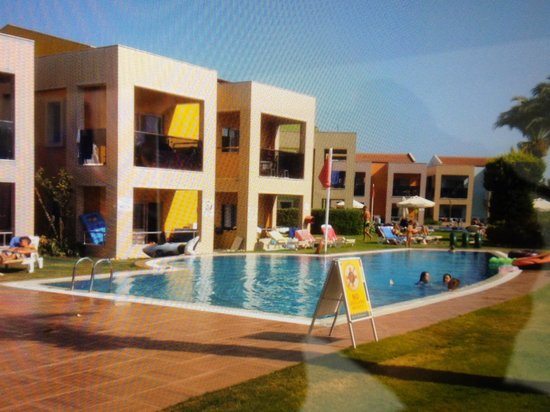 Holiday Village Turkey Hotel: pool by the suites