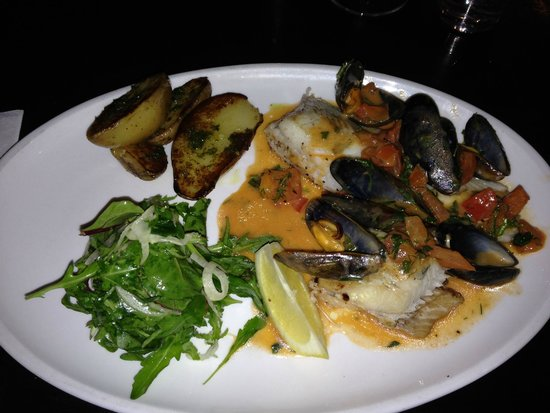 Mourne Seafood Bar: Brill with Mussels
