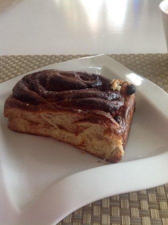 Laihoo's Cafe de China: Cinnamon Roll