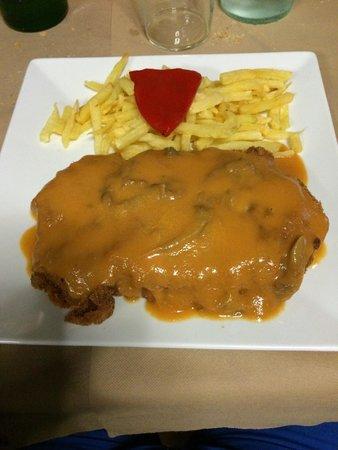 Restaurante Casa Pedro Parres: Cachopo de ternera