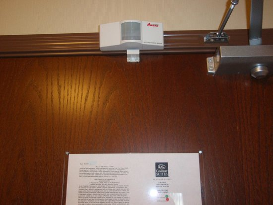 Comfort Suites Hotel & Convention Center Rapid City: A/C thermostat sensor above door