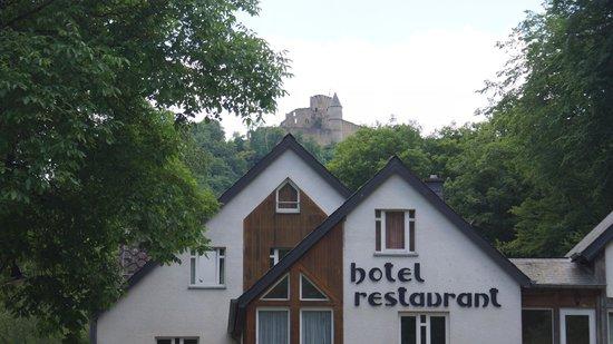 Cocoon Hotel Belair: Chateau en vue