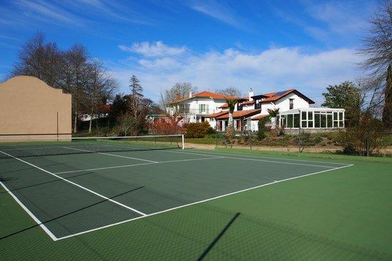 Domaine de Millox : Millox vu du tennis