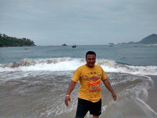 Tesoro Manzanillo: el mar picado pero no vas a querer  salirte