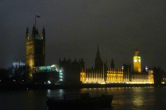 Park Plaza London Riverbank: Vista a 5 minutos del hotel
