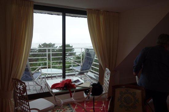 Manoir de Lan Kerellec : view from room to balcony