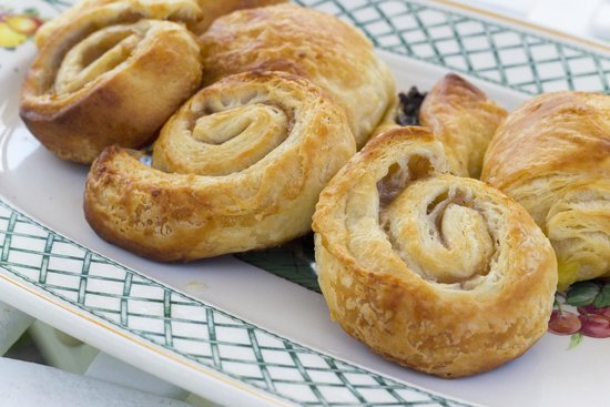 Edgehill Manor Guest House: Enjoy a hearty home baked continental breakfast