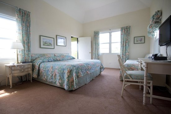 Edgehill Manor Guest House: Lovely Large Double Deluxe Room with Balcony and Views