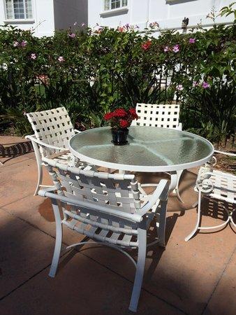 Omni La Costa Resort & Spa : Garden pool area