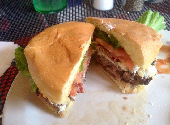 Rosie's Bar & Grill: IVANA HOOKER BURGER!