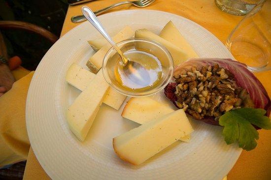 Ristorante Da Remo: Tagliere di formaggi