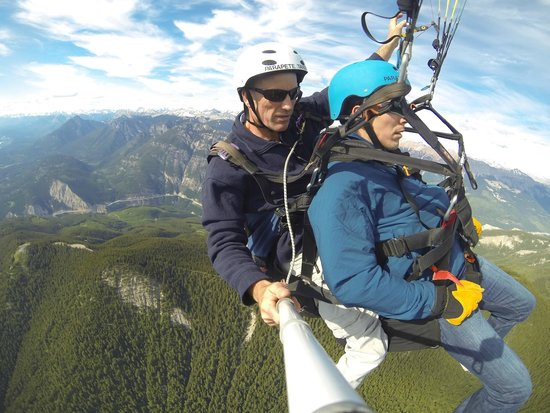 Golden, Canada : Up in the sky