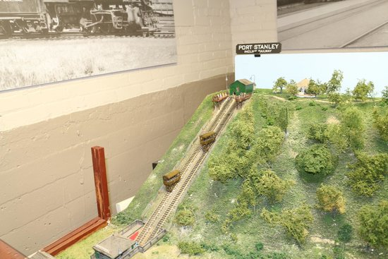 The Elgin County Railway Museum: model train display