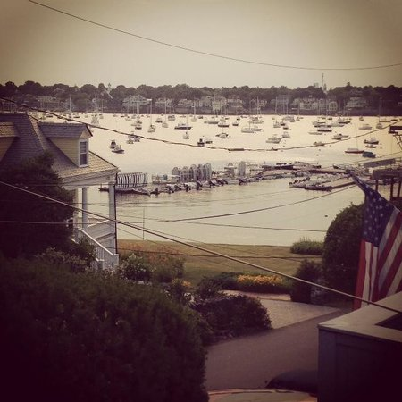 A Lady Winette Cottage Bed & Breakfast : View from the Harbor Room's private balcony